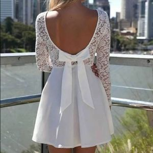 ANTHROPOLOGIE Long-Sleeve Lace Bow-Back Dress